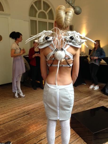 achterkant Spider dress