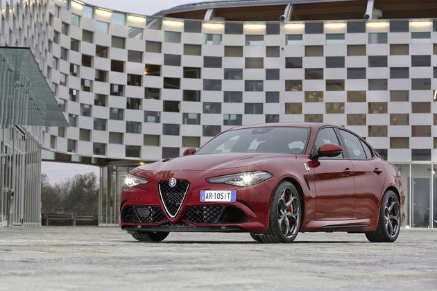 Alfa-Romeo_Giulia-Quadrifoglio_27