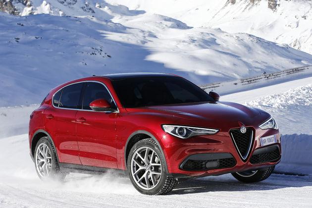 Alfa_Romeo_Stelvio_Stelvio_Pass (11)