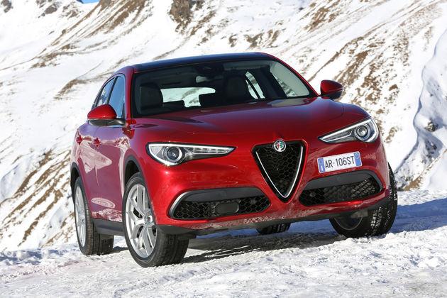 Alfa_Romeo_Stelvio_Stelvio_Pass (19)