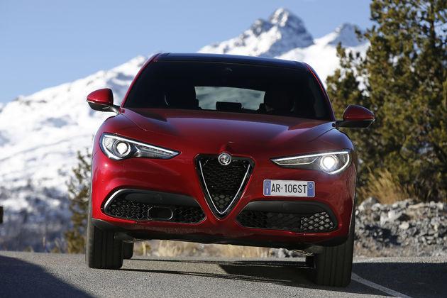 Alfa_Romeo_Stelvio_Stelvio_Pass (3)