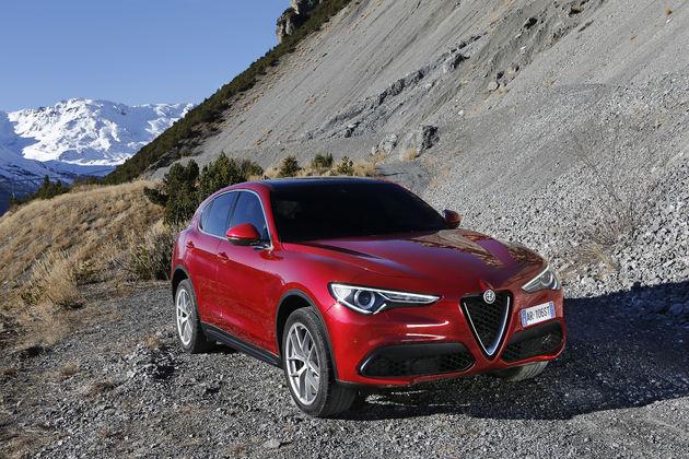 Alfa_Romeo_Stelvio_Stelvio_Pass (5)