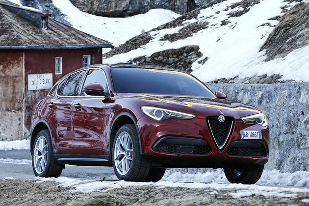 Alfa_Romeo_Stelvio_Stelvio_Pass (7)