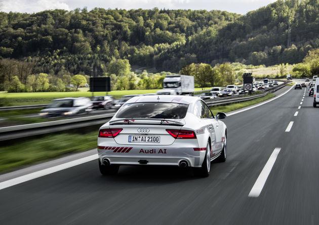 Audi-a7-piloteddriving