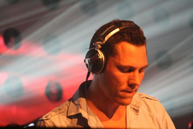 BBC heeft via Facebook live interview met Tiësto
