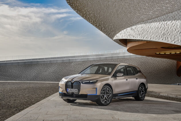 BMW_iX_2021_20