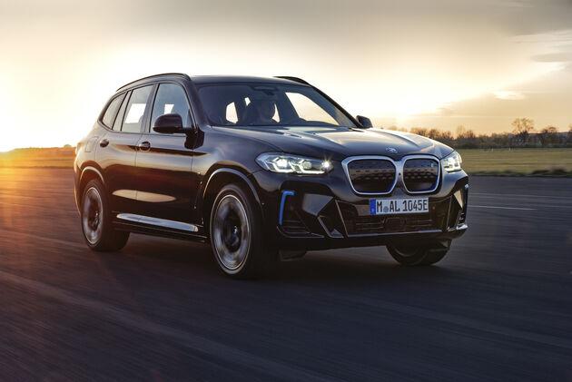 BMW_iX3_2021_sunset