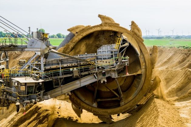 brown-coal-bucket-wheel-excavators-engineering-33192_jpg