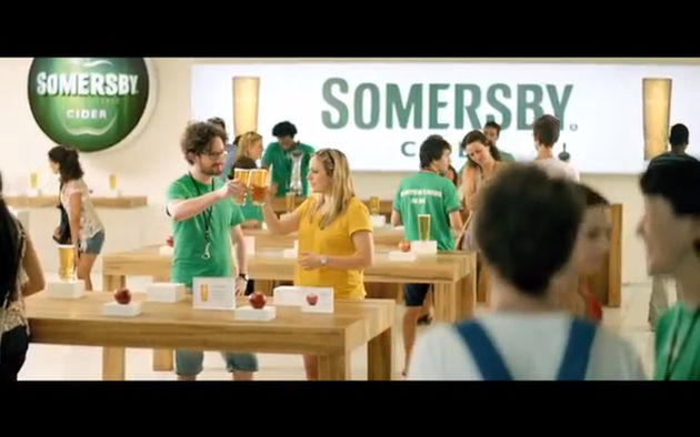 Carlsberg spooft Apple