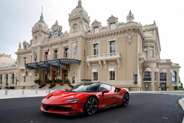Charles_Leclerc_Monaco_Ferrari_2