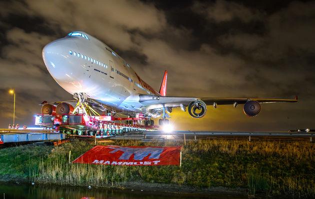 Corendon_Boeing_747_11