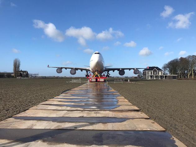 Corendon_Boeing_747_4