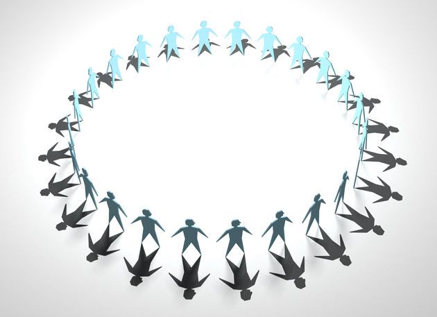 Crowdsourcing, crowdfunding, crowdlearning, crowdsolliciteren?