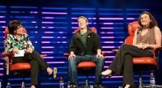 D6: Interviews met Yang, Zuckerberg en Murdoch
