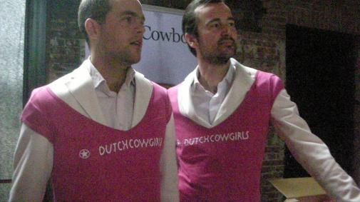 DC Boulevard@Next Web: 'Patrick & Boris in Cowgirls-shirt'