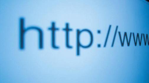 De onzinnige dubbele slash van Internet