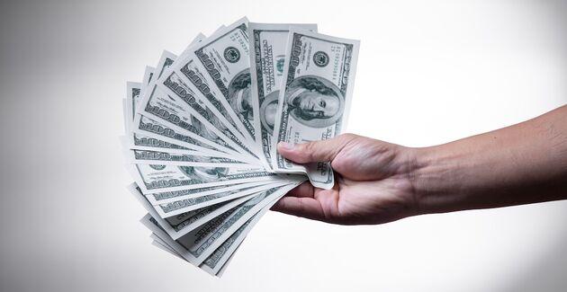 Dollars-Hand