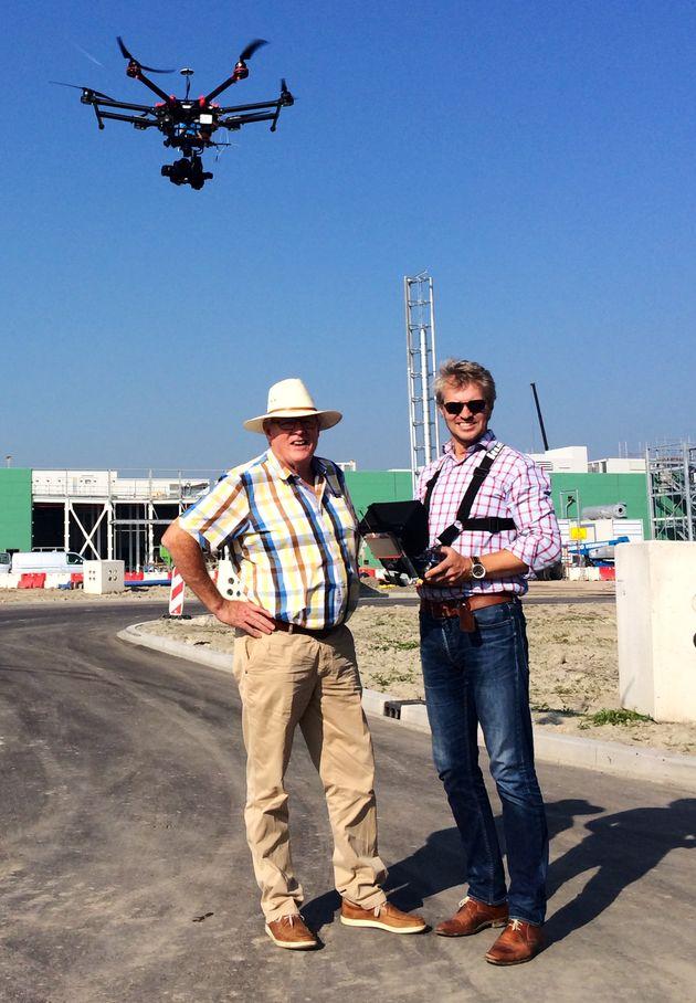 Drone-operator-Jochem-Feldberg-neemt-zijn-vader-een-dagje-mee-naar-het-werk