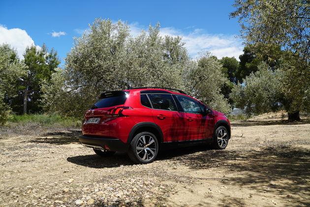 Peugeot_2008_2016_achterkant