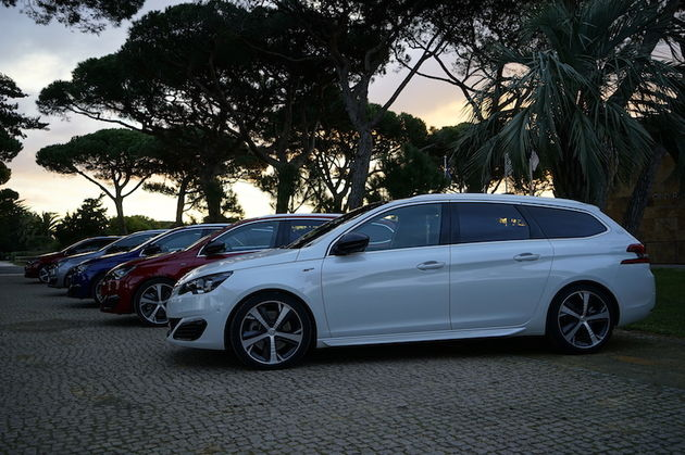 Peugeot_308_GT_SW