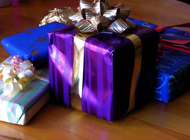 Echte cadeautjes geven op Facebook