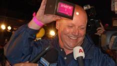 Edwin Driessen koopt de eerste Nederlandse iPhone 3G