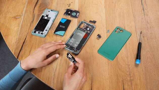 Fairphone4-UitElkaar