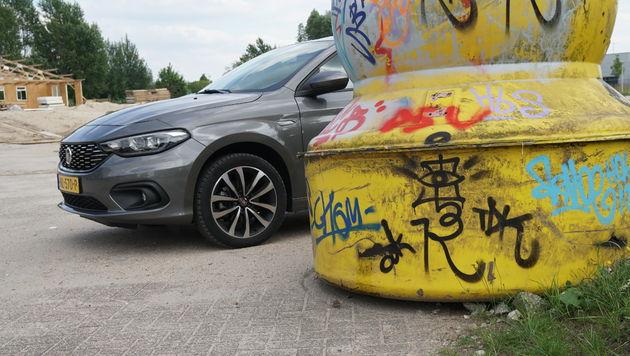 Fiat_Tipo_hatchback_11