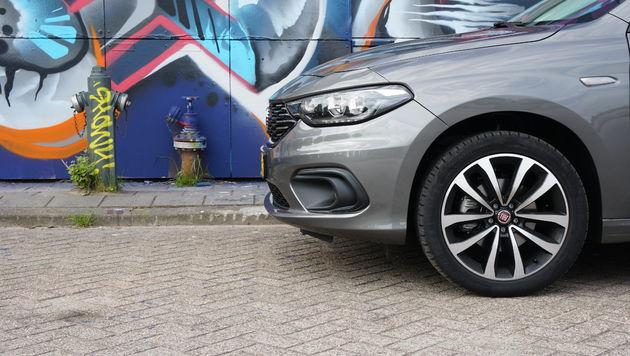 Fiat_Tipo_hatchback_8