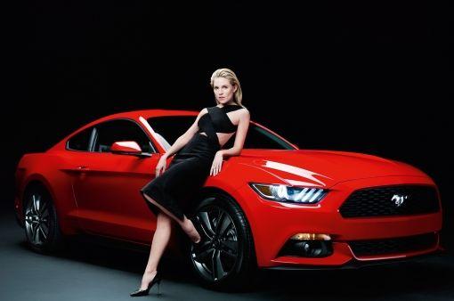 Ford_Mustang_Sienna_Miller_05 (1)