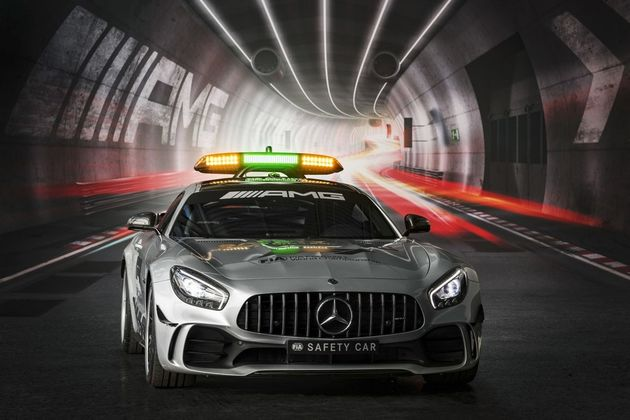 formula-1-2018-mercedes-amg-gt-r-safety-car-001