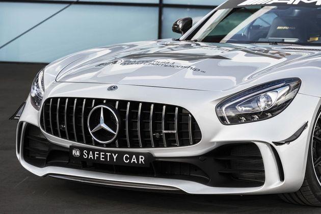 formula-1-mercedes-amg-gt-r-safety-car-03