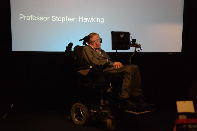 hawking-on-stage