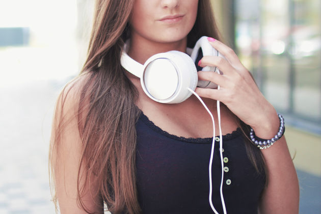 headphones-pexels
