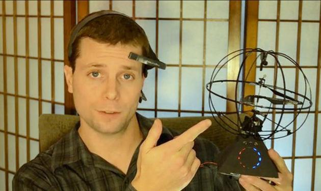 Helikopter bestuurd door hersenen te vinden op Kickstarter