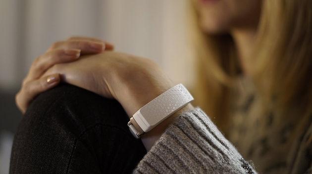 hey-bracelet-aanraken