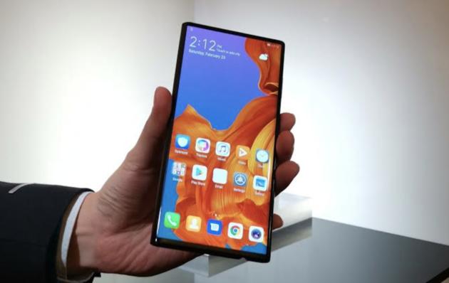 Huawei_Mate_X_dicht