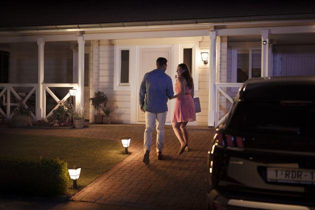 hue-outdoor-sensor-benefit-welcome