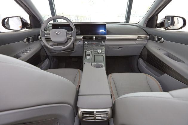Hyundai-Motors-Next-Gen-Fuel-Cell-SUV-7