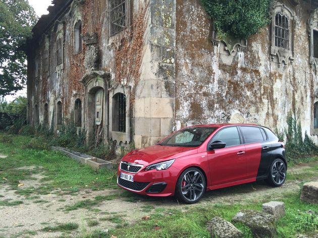Peugeot_308GTi_coupe_france_2
