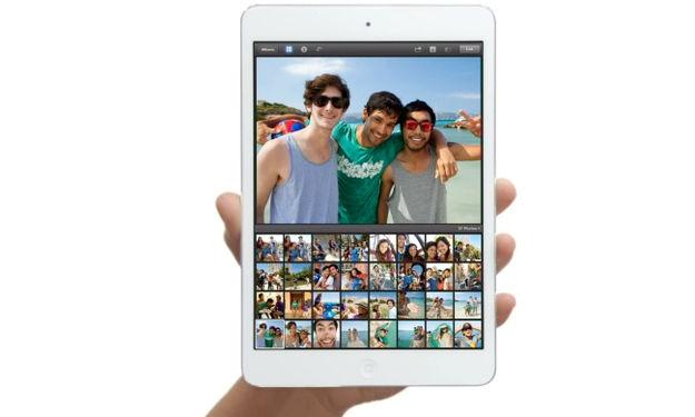 Is de iPad Mini wel echt met één hand vast te houden?