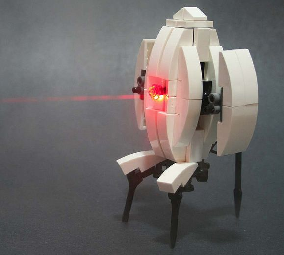J-Column: LEGO-haat, LEGO-liefde