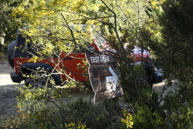 Jeep_75_Saint_Tropez_12