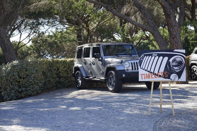 Jeep_75_Saint_Tropez_4