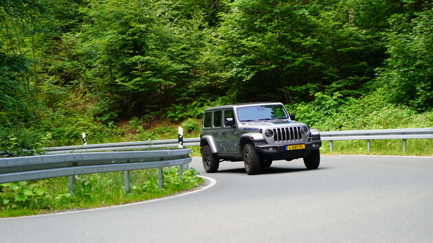 Jeep_Wrangler_4xe_offroad_banden