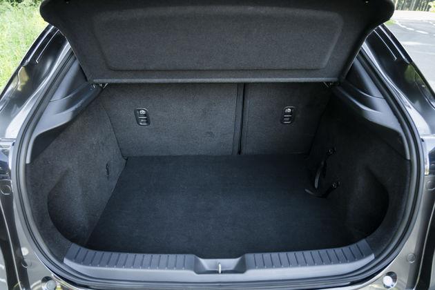 Kofferbak Mazda CX-30