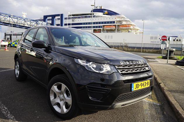 Land Rover Discovery Sport -18- CarRepublic - Wouter Spanjaart