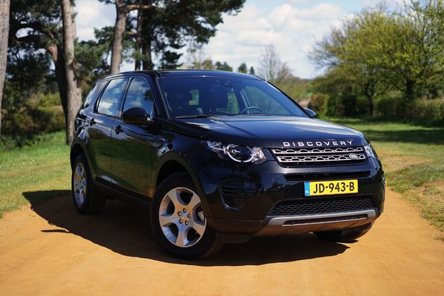 Land Rover Discovery Sport -3- CarRepublic - Wouter Spanjaart