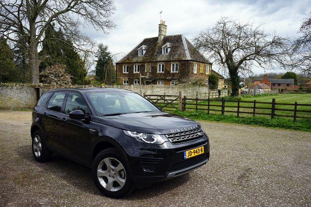 Land Rover Discovery Sport -8- CarRepublic - Wouter Spanjaart