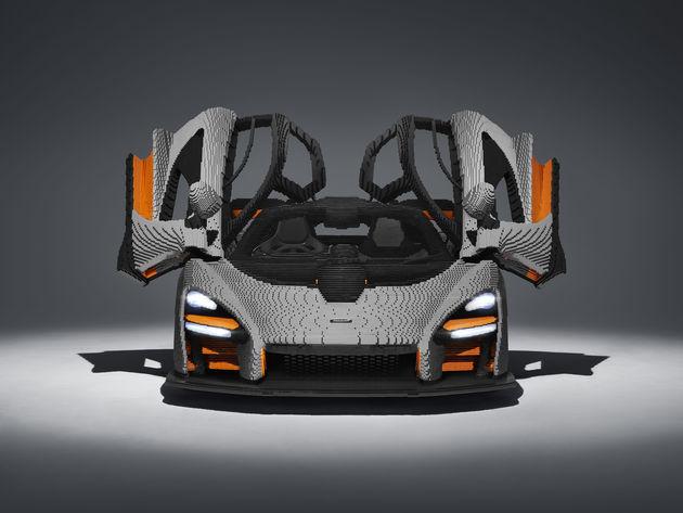 LEGO McLaren Senna_front doors opened
